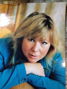 Вера Николаева - педагог по вокалу и хоровому драматическому пению