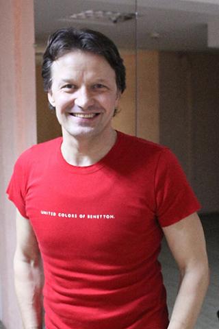 Владимир Беляйкин - педагог по пластическому движению